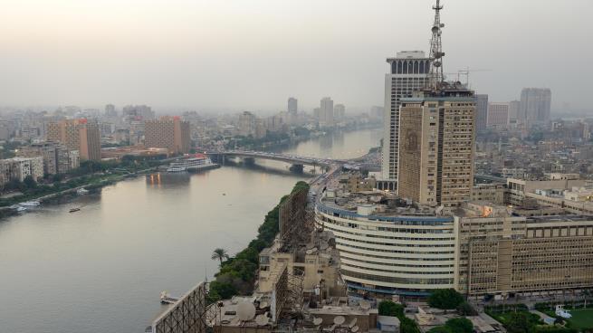 مصر: الاستخبارات تُجري تغييرات على هوية مالكي أسهم مشروعاتها