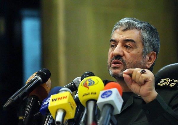 اللواء جعفري: تهديد إيران عسكريا دائما ما يأتي بنتائج عكسية