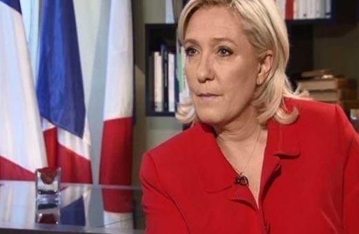 لوبان تطالب فرنسا بوقف تأشيرات الدخول للجزائريين