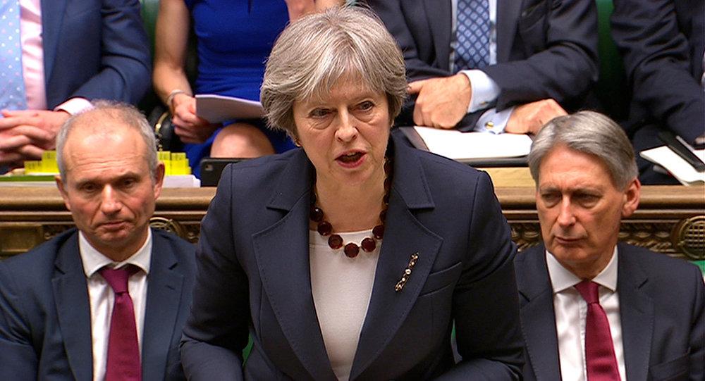 تريزا ماي تحذر البرلمان البريطاني وتطرح 4 خيارات بشأن