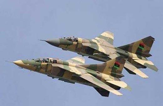 قصف جوي يستهدف مدينة هون جنوب غربي ليبيا