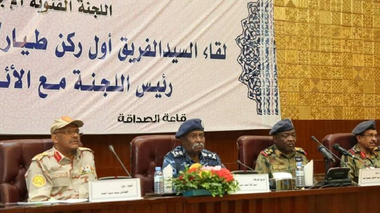 المجلس العسكري الانتقالي في السودان يجدد التزامه بتسليم الحكم إلى سلطة مدنية