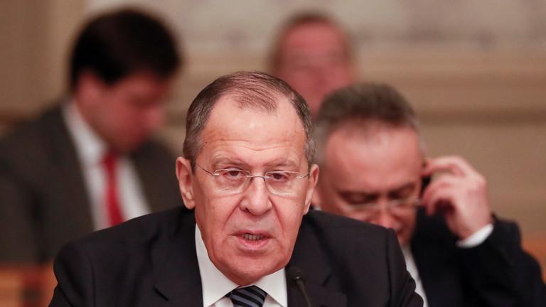روسيا تأمل بأن لا يتحول سيناريو التدخل العسكري الأمريكي في فنزويلا إلى واقع
