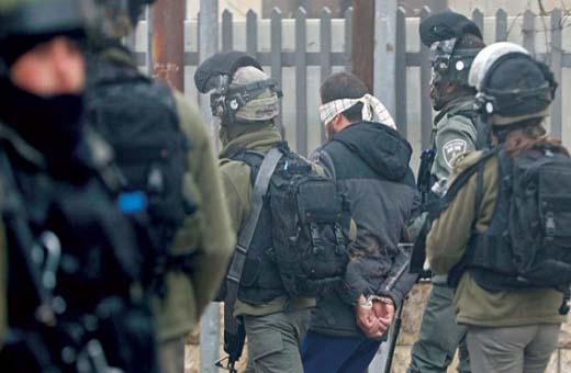 حملة اعتقالات إسرائيلية تطال 17 فلسطينياً بالضفة