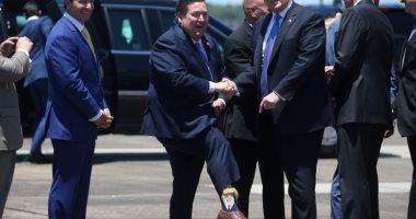 صور.. حاكم لويزيانا يستقبل الرئيس الأمريكى