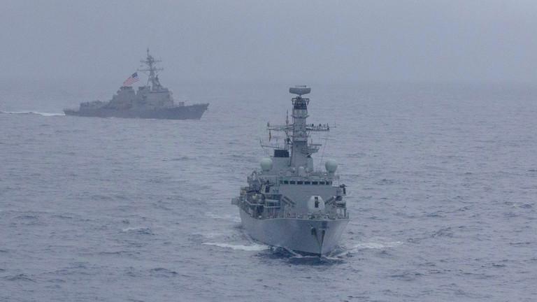 مناورات بحرية هي الأولى من نوعها في آسيا