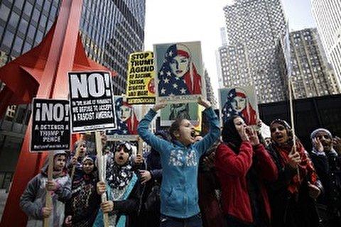 مركز بيو: أغلب الأمريكيين يرون تمييزا دينيا فى بلادهم خاصة ضد المسلمين