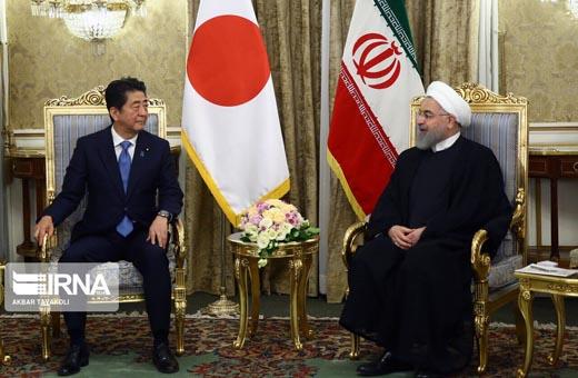 خبراء يابانيون: آبي يسعى لإقناع إيران والولايات المتحدة بالتفاوض