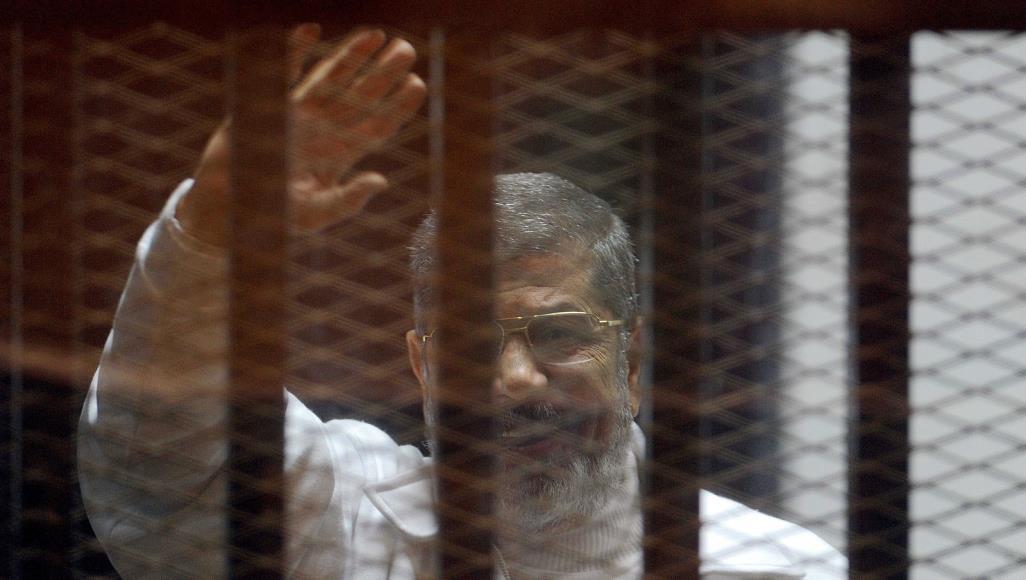 وسط مطالبات بتحقيق دولي.. هل مات مرسي أم قتل؟