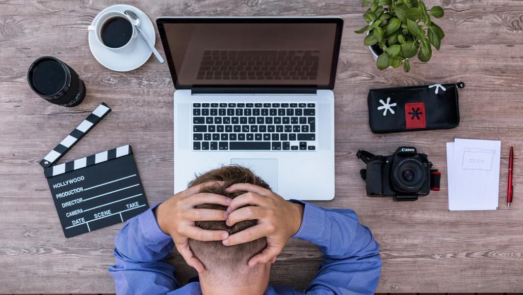 كيف تحافظ على صحتك العقلية في عمل يسبب التوتر؟