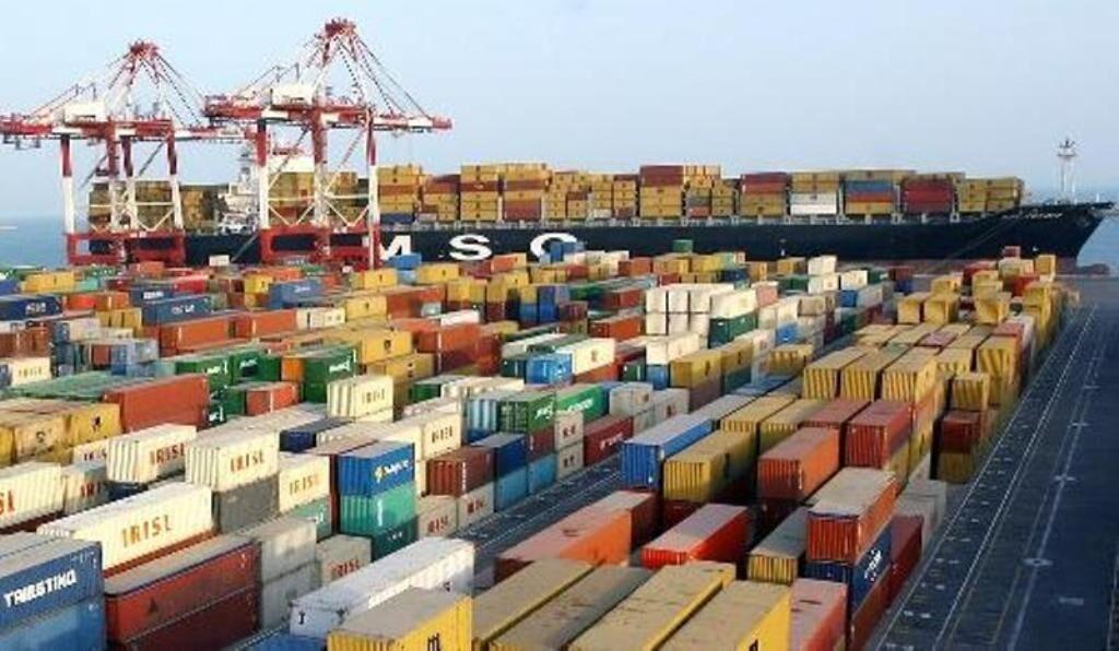 الصادرات الإيرانية تبلغ 10 مليارات دولار