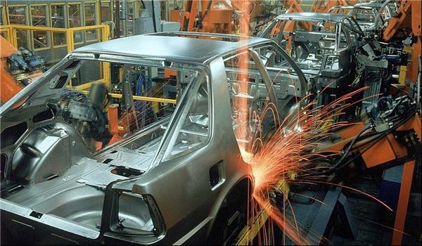 أكثر من 1200 وحدة إنتاجية لقطع غيار السيارات تنشط في إيران