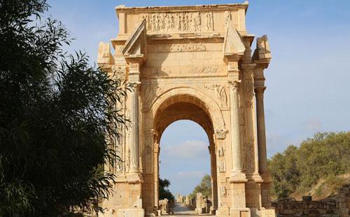 المواقع الأثریة ضحية التهريب ونيران الصراعات في لیبیا