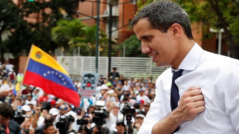 غوايدو يعلن استئناف الحوار مع الحكومة الفنزويلية