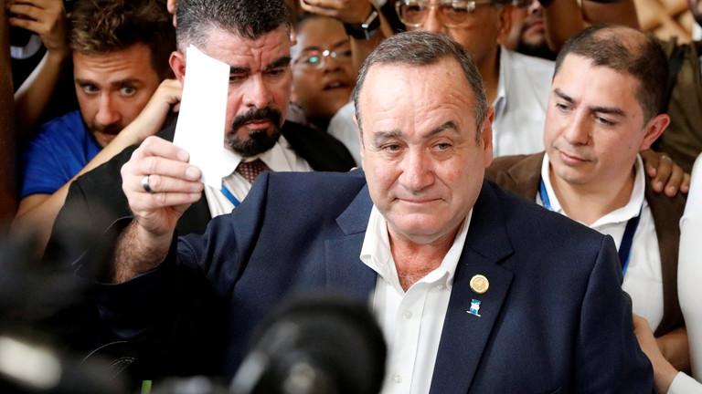 انتخاب رئيس جديد لغواتيمالا