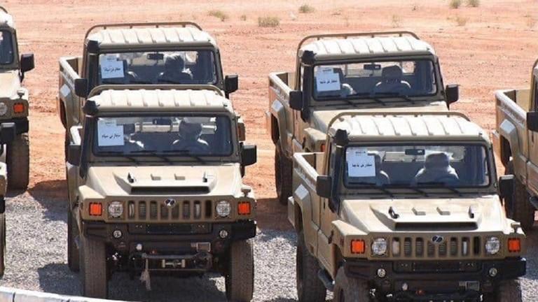 ازاحة الستار عن مركبة عسكرية تكتيكية جديدة وأخرى مضادة للألغام