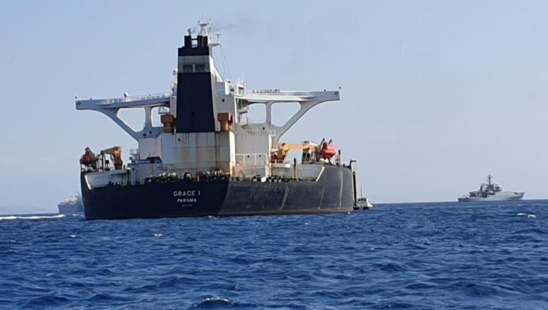 سفير ايران في لندن: ناقلة النفط الايراني بدات بمغادرة مياه جبل طارق