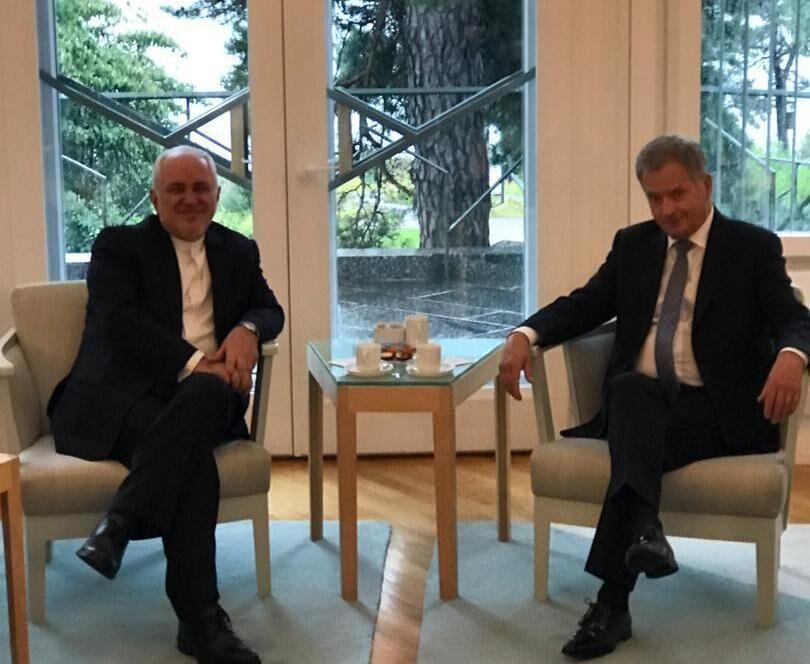 ظريف يلتقي رئيس جمهورية فلندا