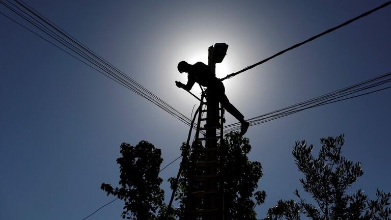 العراق: نحتاج لـ30 مليار دولار لإصلاح وتحديث شبكة الكهرباء