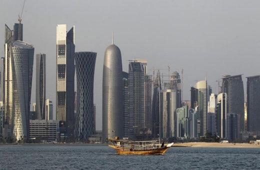 قطر تمنح المستثمرين ومالكي العقارات رخص إقامة دون مستقدم