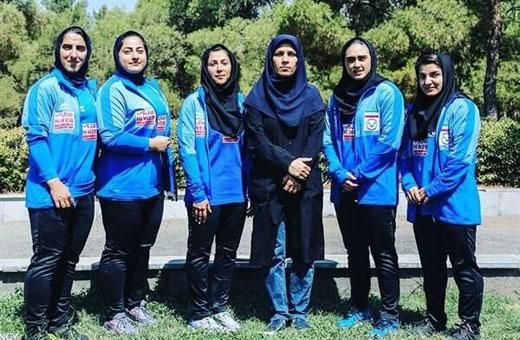 فوجئت بتقدم النساء الإيرانيات في رفع الأثقال
