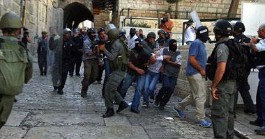 مستوطنون يقتحمون المسجد الأقصى بحراسة مشددة من الاحتلال الإسرائيلى