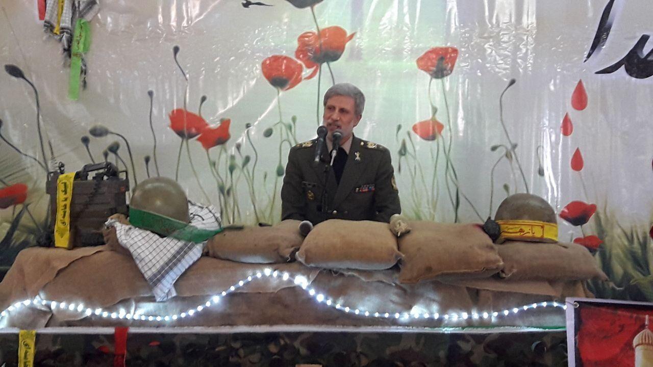 وزير الدفاع الايراني: سياسة الضغوط القصوى تحولت الى سياسة التوسل