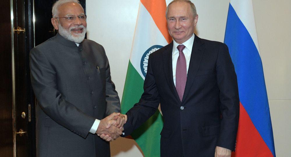 روسيا والهند توقعان استراتيجية عمل لتعزيز التعاون التجاري والاقتصادي