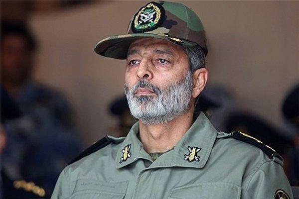 الجيش الايراني يحذر الأعداء من اي توتر بالمنطقة