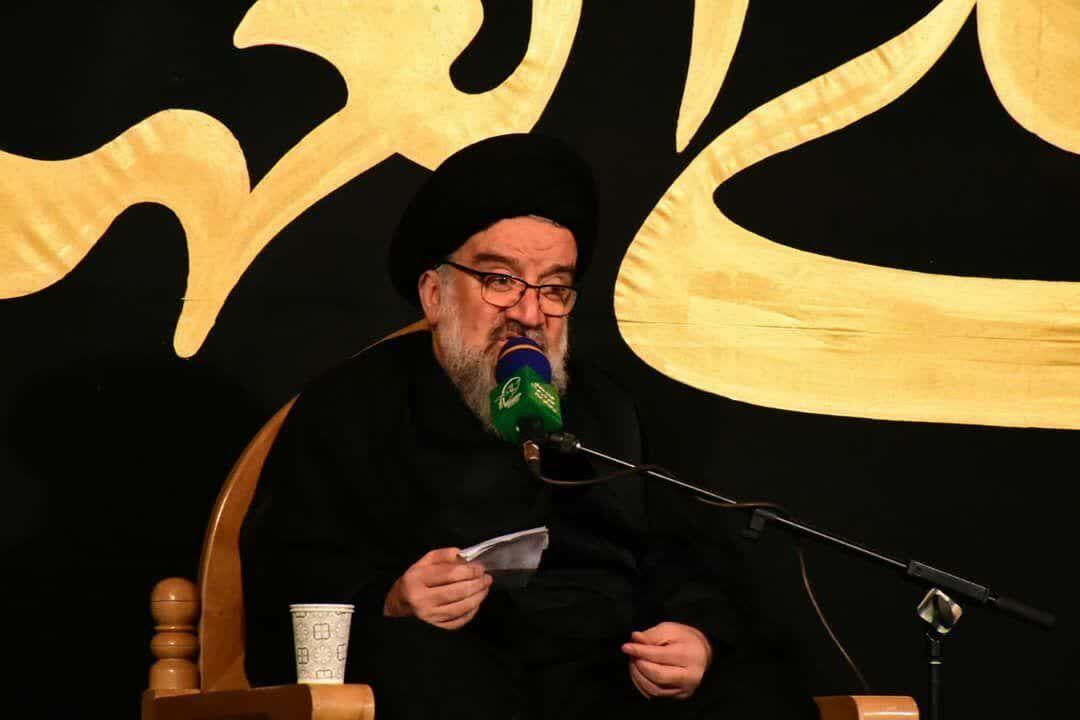 آية الله خاتمي: امریكا تسعى من وراء التفاوض لفرض مطالبها على الشعب الايراني