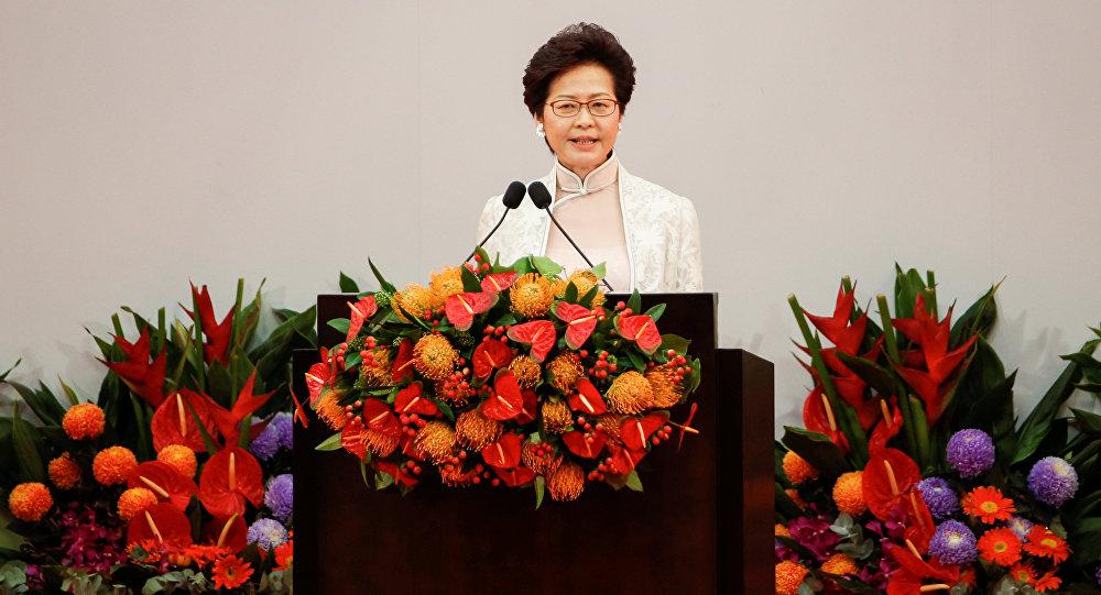 رئيسة هونغ كونغ التنفيذية: قوتنا كمركز مالي لم تتأثر بالاحتجاجات
