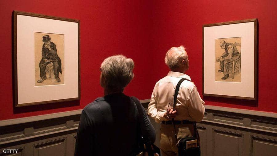 الاهتمام بالفنون وطول العمر.. دراسة تكشف
