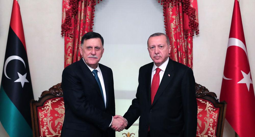 تركيا: لا ننوي احتلال ليبيا أو الانسحاب منها