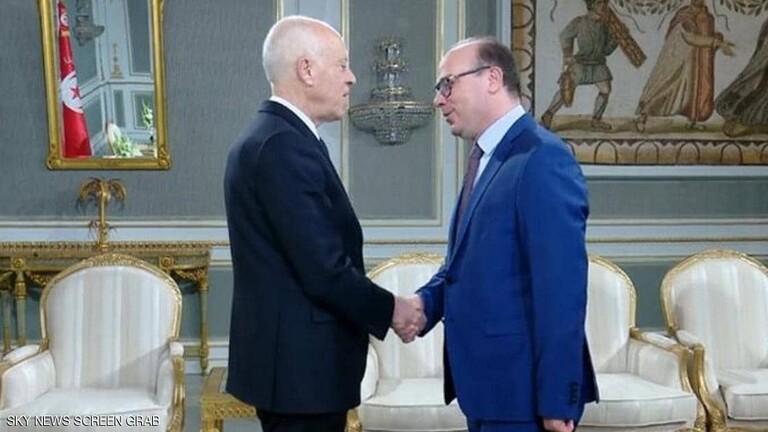 من هو الفخفاخ الذي كلفه الرئيس التونسي فجأة بتشكيل الحكومة؟
