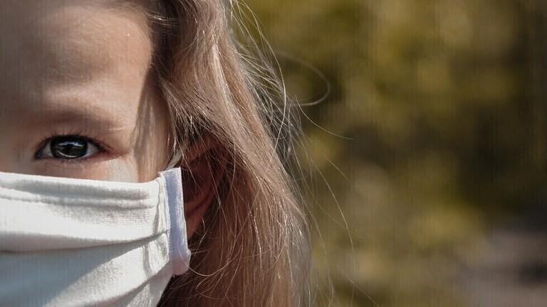 ما هي أعراض السلالة الجديدة لفيروس كورونا لدى الأطفال؟
