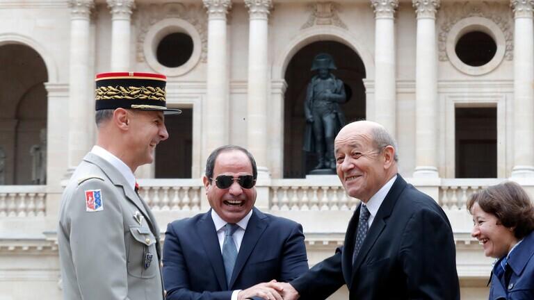 السيسي يتطلع للتنسيق والتشاور مع فرنسا خلال الفترة المقبلة