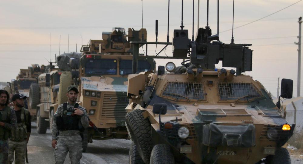 الجيش التركي يستدعي القوات الخاصة لتعزيز وجوده في إدلب السورية... صور