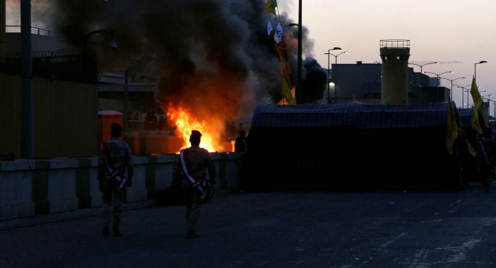 التحالف الدولي يؤكد سقوط صاروخ في المنطقة الخضراء في بغداد