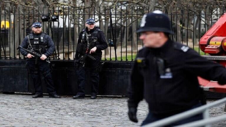 شرطة لندن توجه اتهامات لرجل في حادث طعن بمسجد