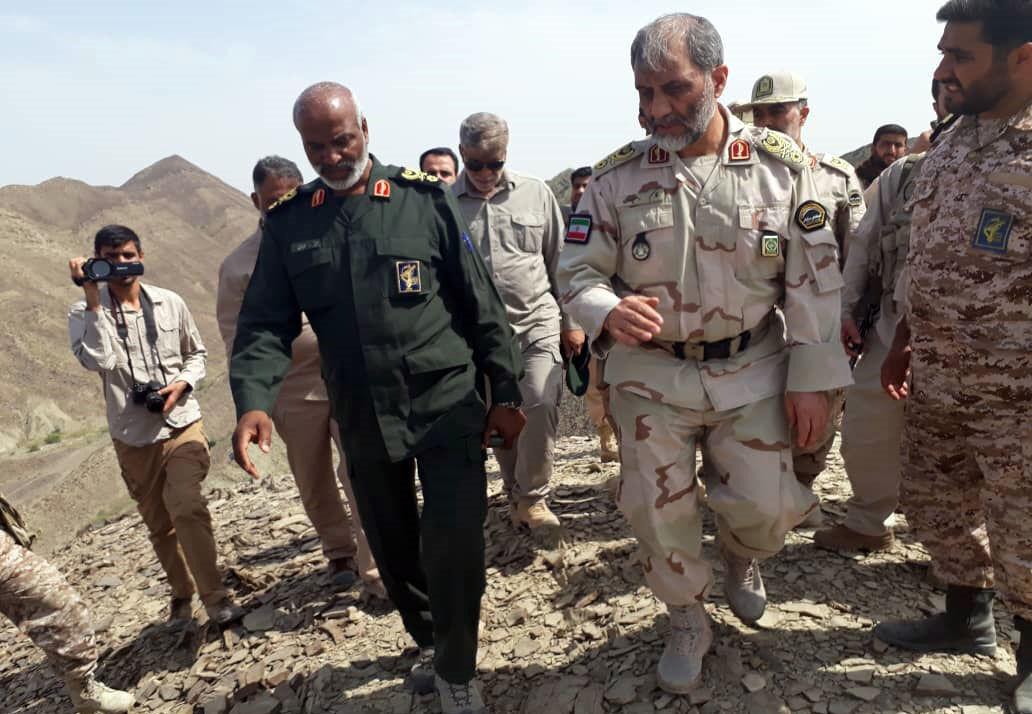 قائد حرس الحدود الايراني يتفقد المناطق الحدودية جنوب شرق البلاد