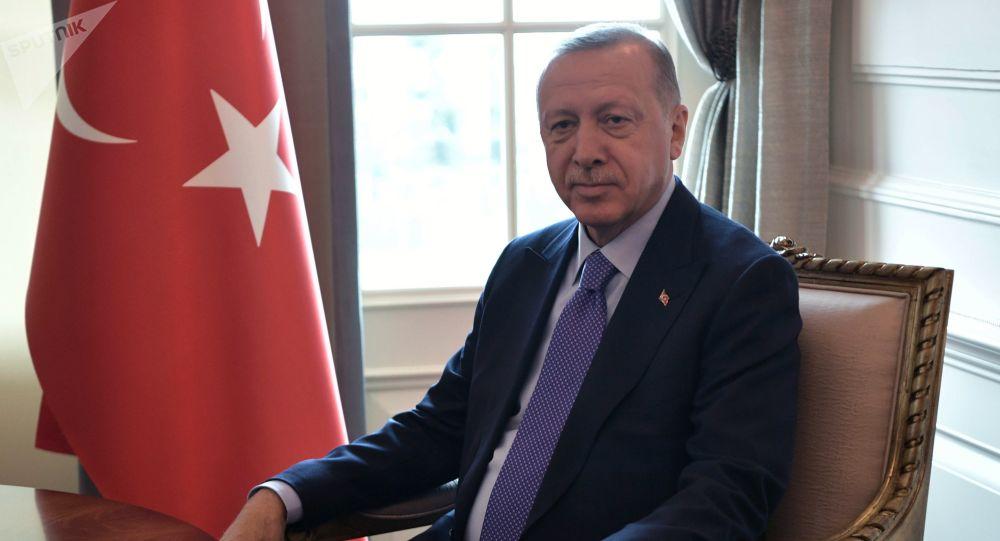 الرئيس العراقي يتلقى اتصالا هاتفيا من نظيره التركي