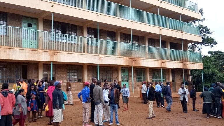 مقتل 14 تلميذا بتدافع في مدرسة كينية