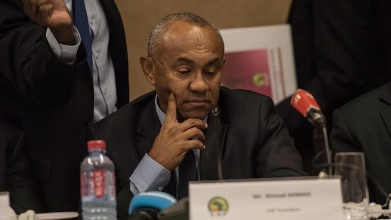 فضيحة تهز أركان الاتحاد الإفريقي لكرة القدم