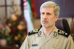 وزير الدفاع يعلن الحاق عشرات المروحيات الى اسطول طيران الجيش