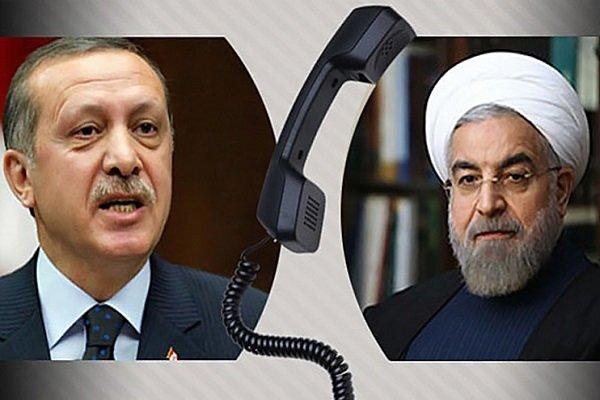 روحاني: أقترح عقد اجتماع ثلاثي يضم ايران وتركيا وسوريا للتباحث حول إدلب