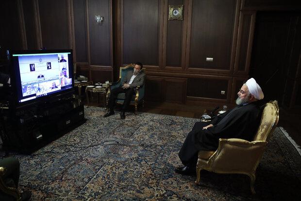 الرئيس روحاني يشكر قائد الثورة على مرسوم تنشيط المقر الصحي للقوات المسلحة