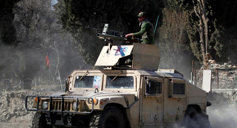 مقتل وجرح العشرات من أفراد الشرطة الأفغانية بهجوم لطالبان في ولاية أوروزغان