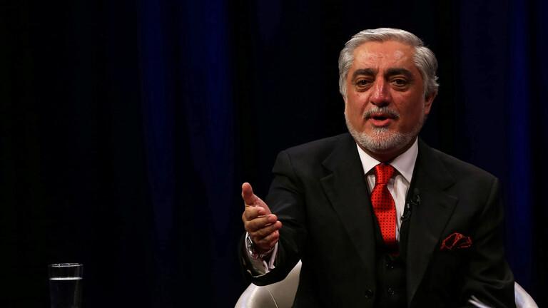 إطلاق نار خلال احتفال يحضره زعماء سياسيون أفغان من بينهم المرشح الرئاسي عبد الله عبد الله