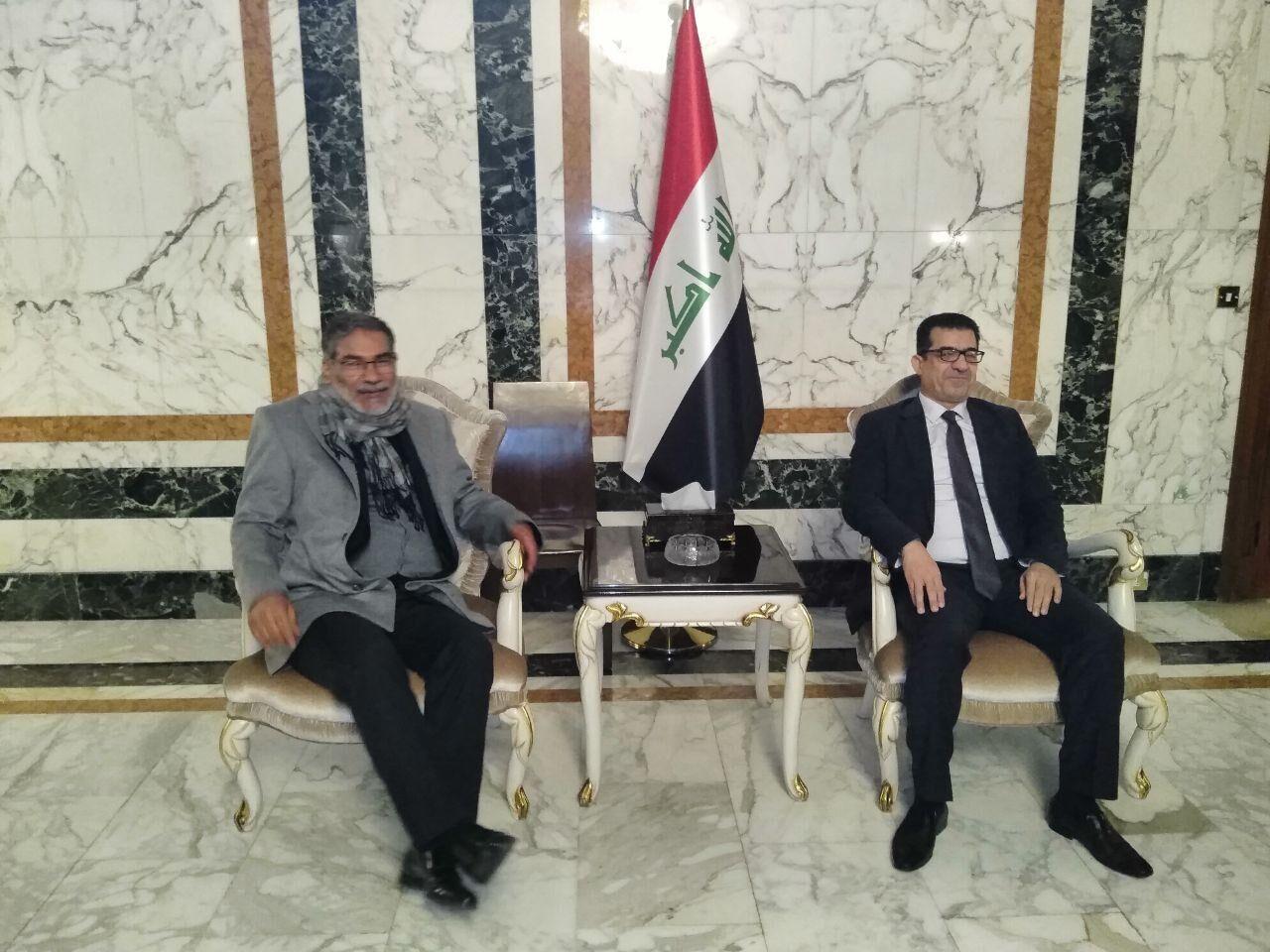 شمخاني: سنبحث حول تنمية العلاقات الثنائية مع المسؤولين العراقيين