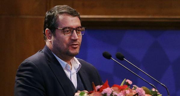 وزیر الصناعة الایراني: صادرات البلاد من السلع غیر النفطیة ارتفعت بنسبة 14 بالمائة
